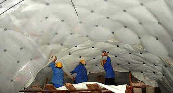 隧道防水板施工中